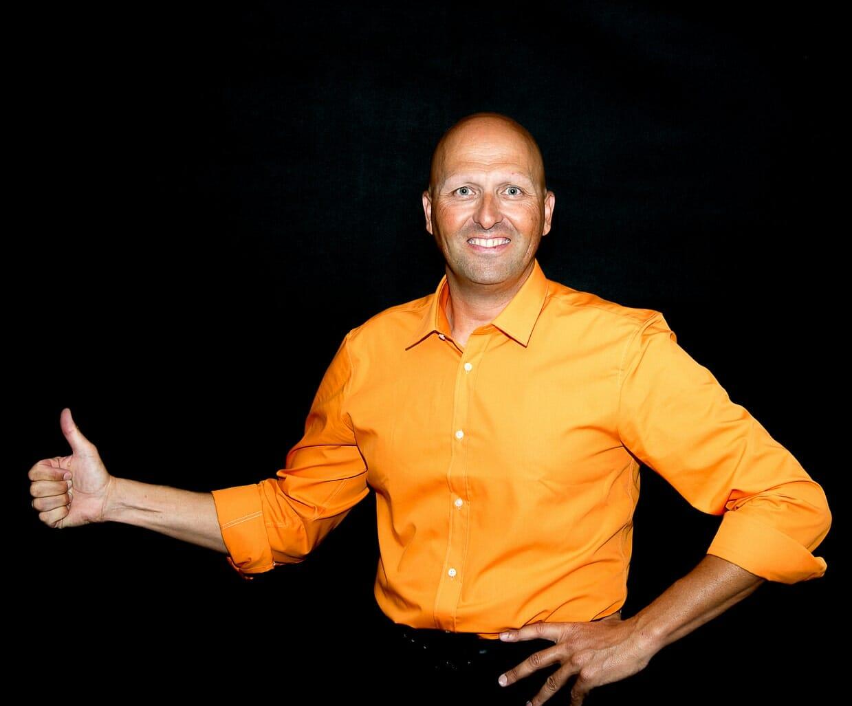 Mentaltrainer Sportmentaltrainer Mentalcoach Sportmentalcoach Hypnotiseur Supervisor Seminarleiter Vortragender Trainer Coach Michael Deutschmann, Akad. Mentalcoach - Mentaltraining Sportmentaltraining Mentalcoaching Sportmentalcoaching Coaching Hypnose Supervision Seminare Trainings